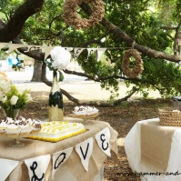 Burlap and cream table linens