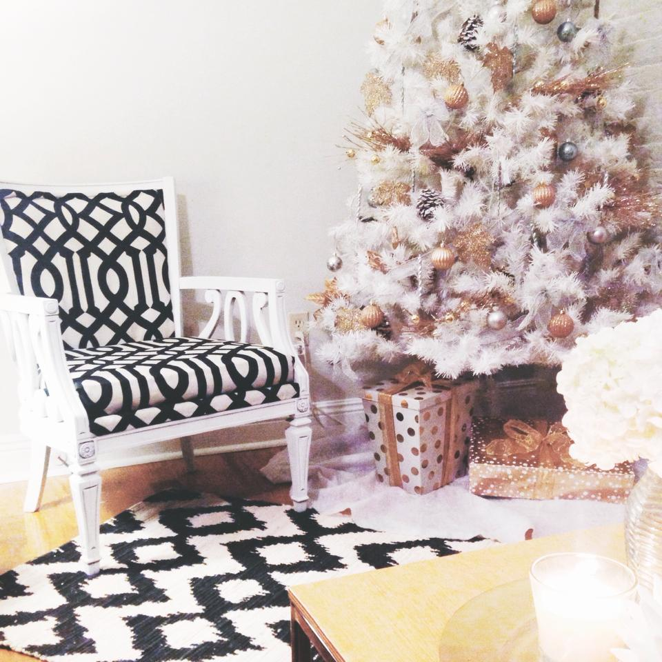 Victoria's chic black and white lattice print DIY armchair